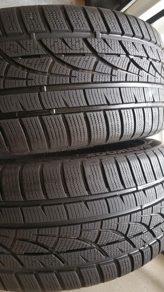 Hankook Winter ICept evo 225/55 R17 97H